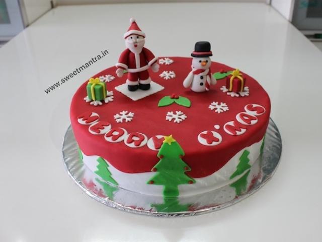 Christmas, Santa theme customized cake in Pune