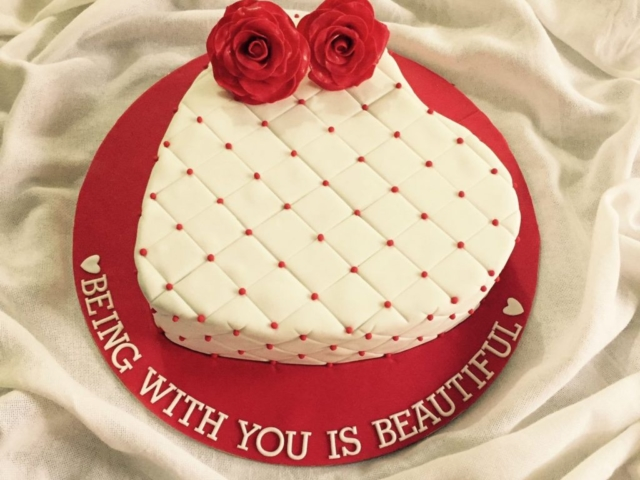 Customized heart shaped cake for valentines day in Pune