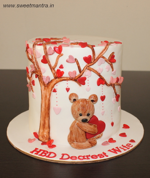 Valentine theme cake with teddy under tree of hearts in Pune