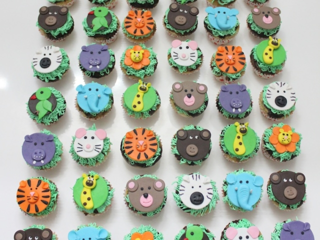 Animals theme customized cupcakes for kids birthday in Pune