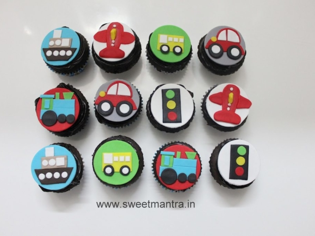 Vehicles, Bus, Plane, Car theme cupcakes for kids in Pune