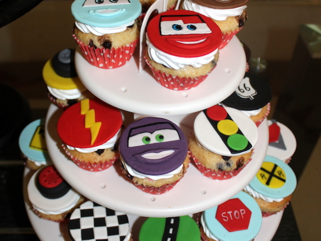 Mcqueen Cars theme cupcakes for kids birthday in Pune