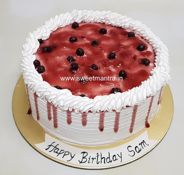 Homemade, eggless Blueberry fresh cream cake in Pune